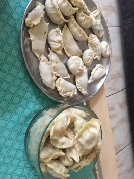 raw vs. steamed momos